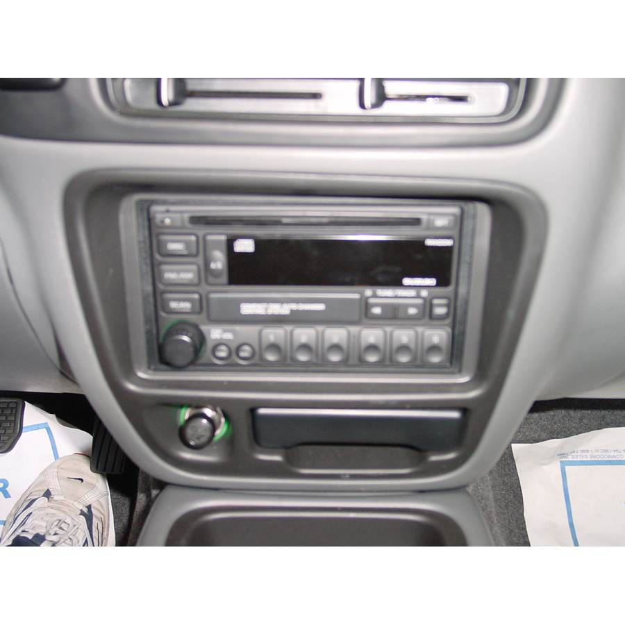 2000 Suzuki Grand Vitara Factory Radio