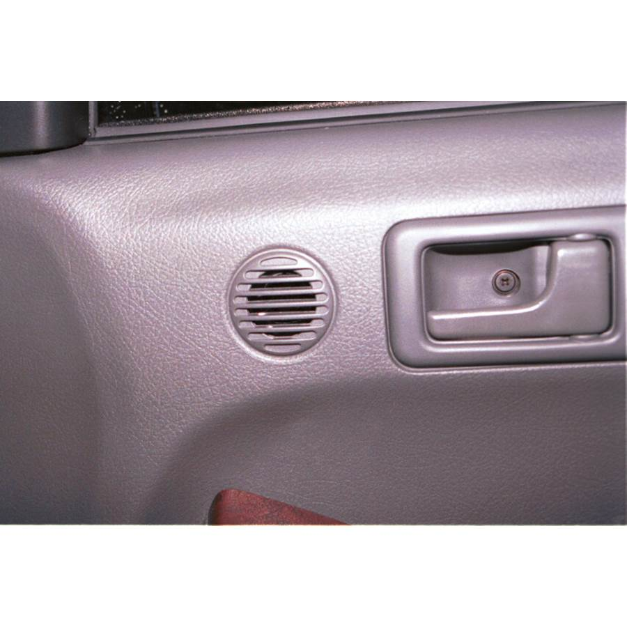 2003 Isuzu Rodeo Front door tweeter location