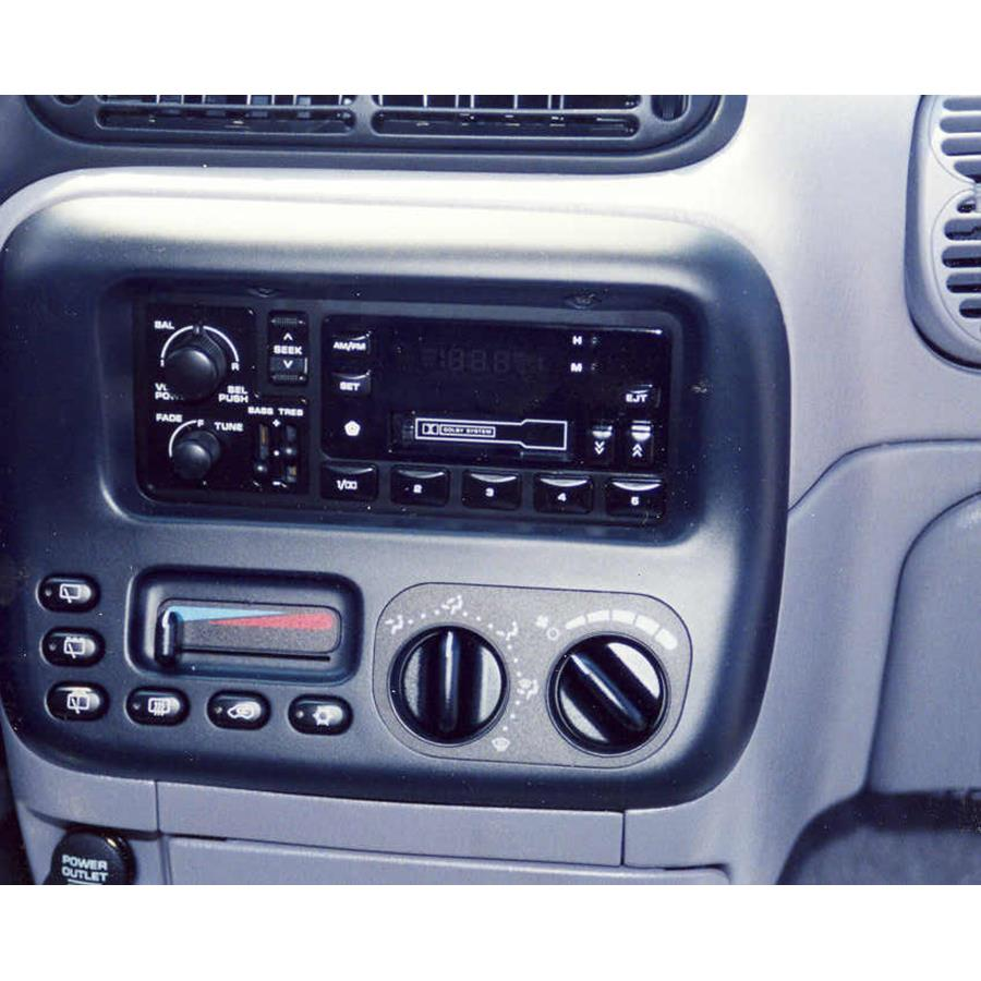 2000 Plymouth Voyager Factory Radio