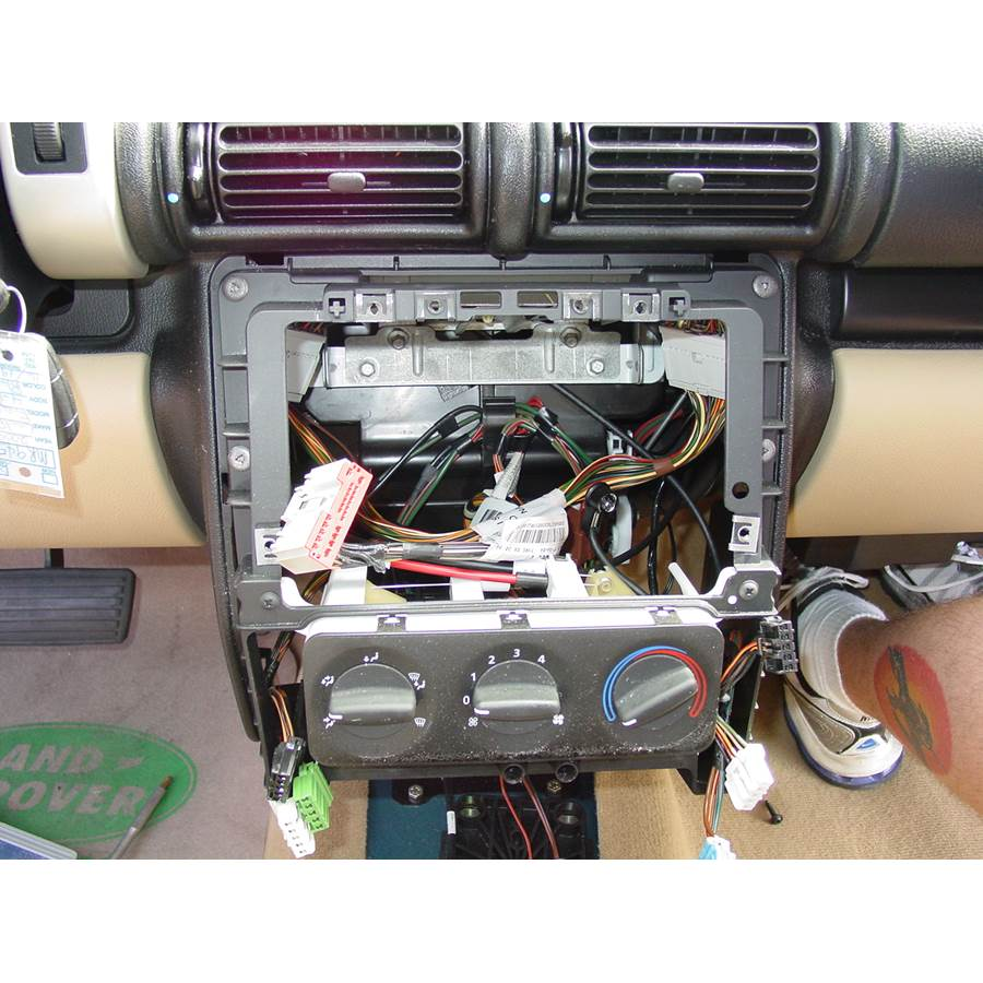 2004 Land Rover Freelander Factory radio removed