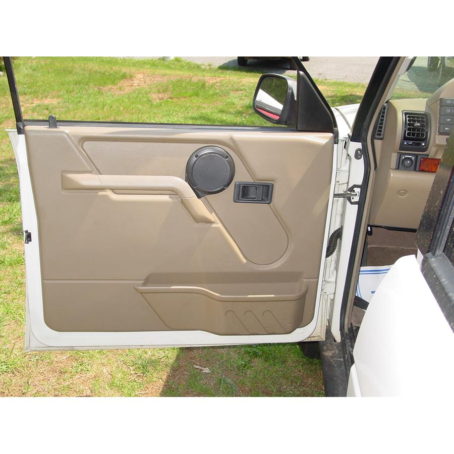 1998 Land Rover Discovery Front door speaker location
