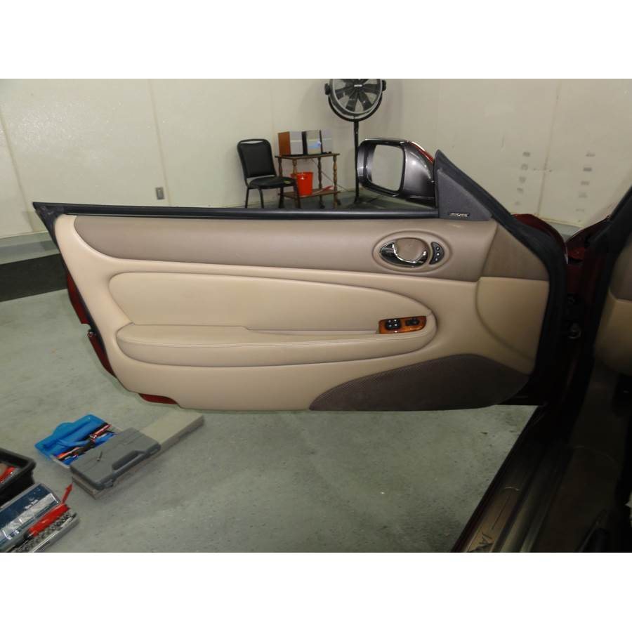 2004 Jaguar XK8 Front door speaker location