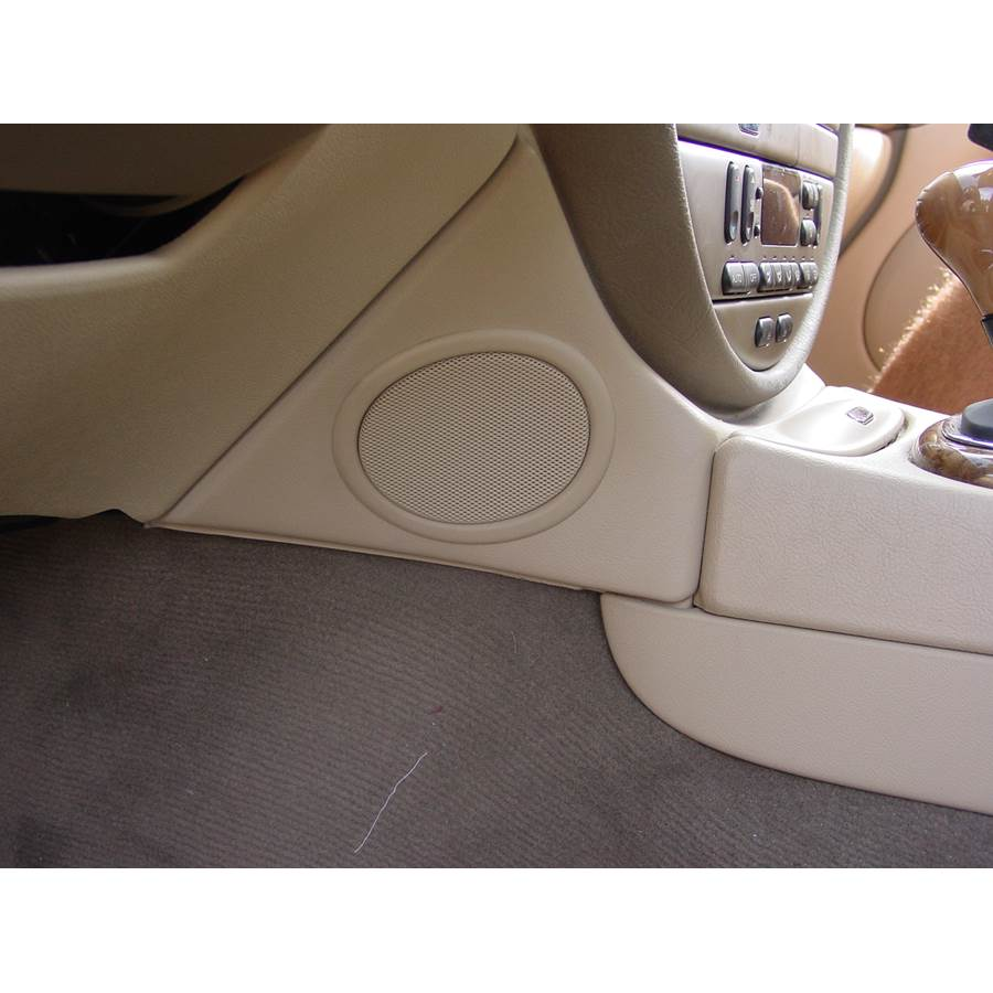 2000 Jaguar S-Type Center console speaker location