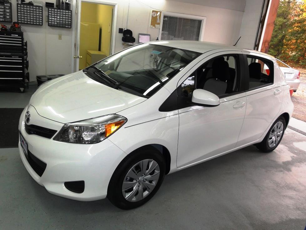 2012-up Toyota Yaris on