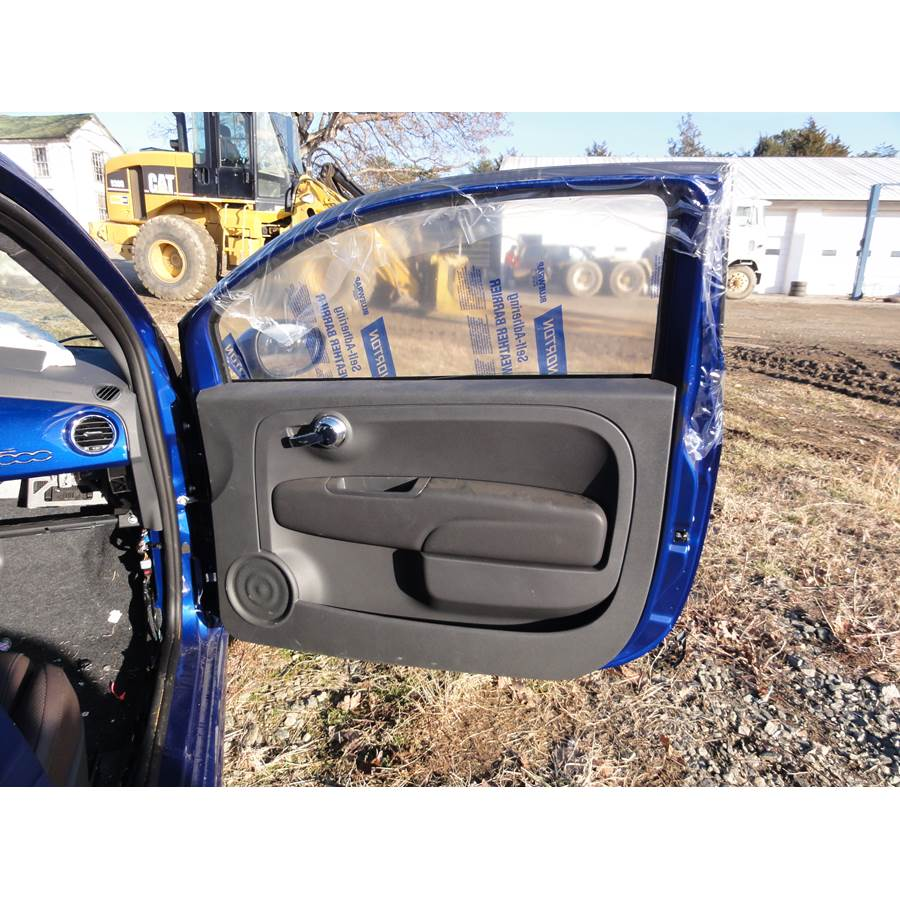 2016 Fiat 500 Front door speaker location