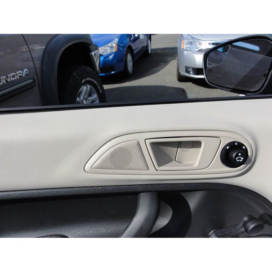 2012 Ford Fiesta Front door tweeter location