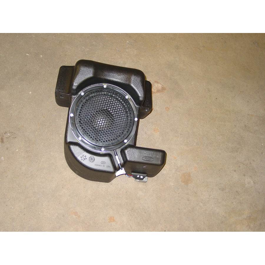 2004 Ford Explorer Sport Trac Far-rear side speaker