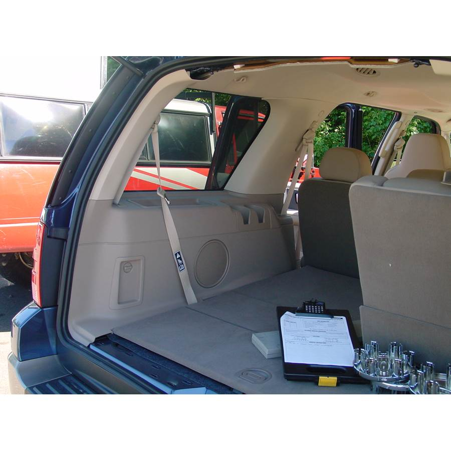 2006 Ford Expedition Far-rear side speaker location