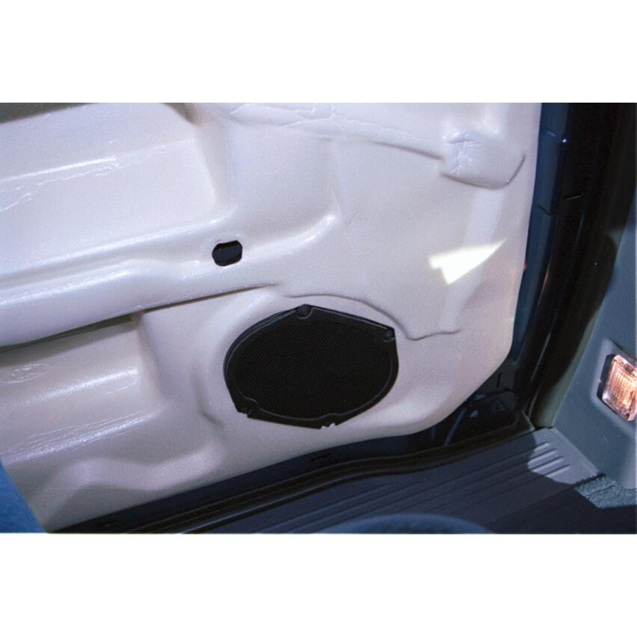 2003 Ford Windstar Mid-rear speaker