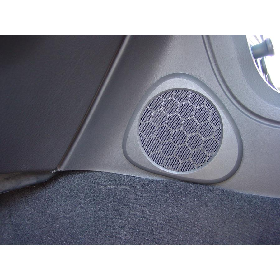 2002 Ford Thunderbird Center console speaker location