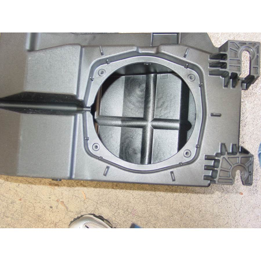 2013 Chevrolet Tahoe Center console speaker removed