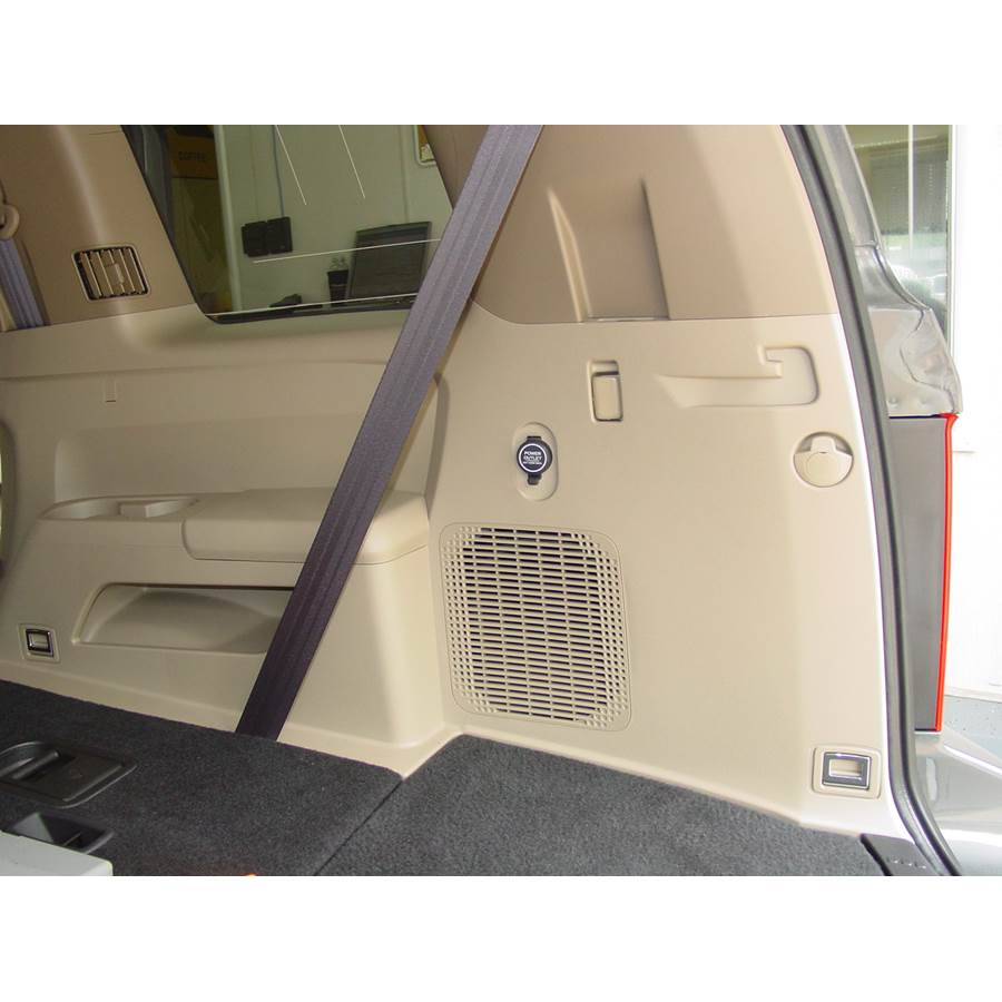 2009 Honda Pilot Far-rear side speaker location