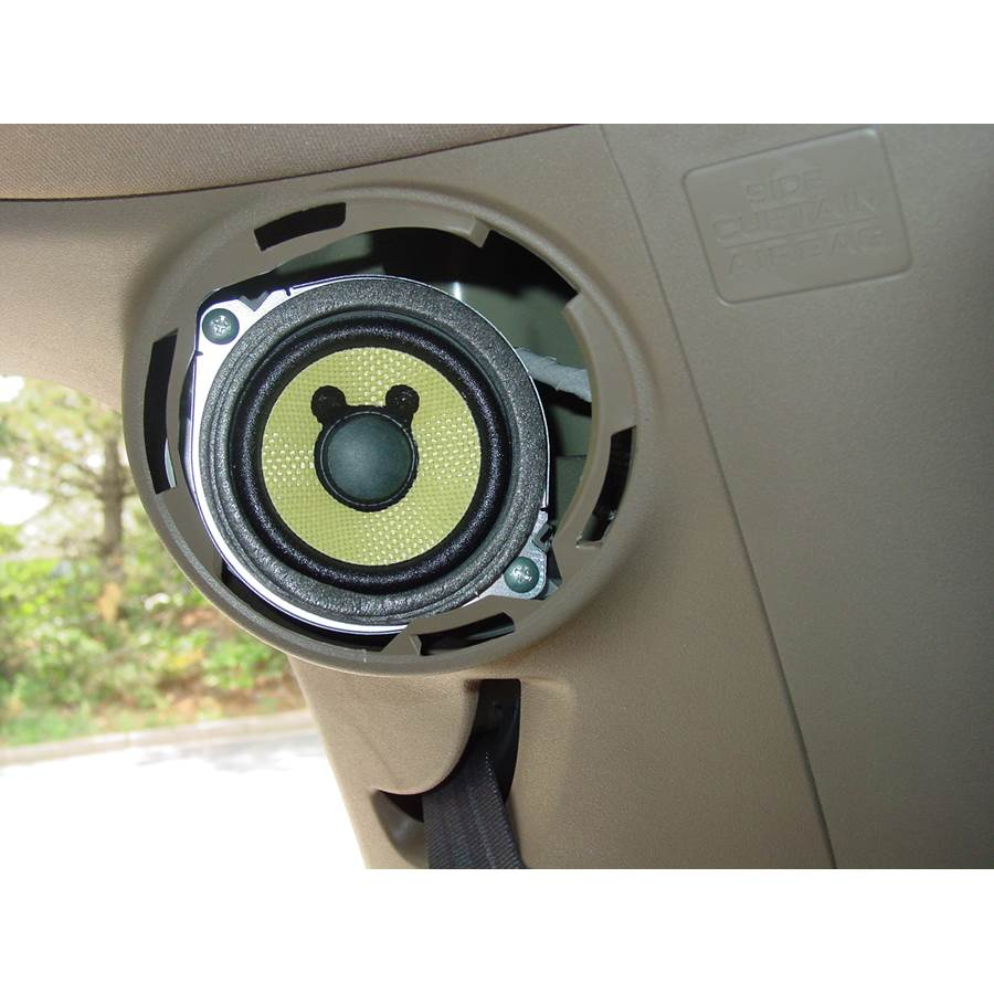2009 Honda Pilot Rear pillar speaker