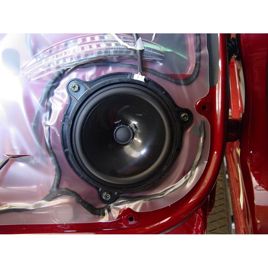 2009 Nissan Titan Rear door woofer
