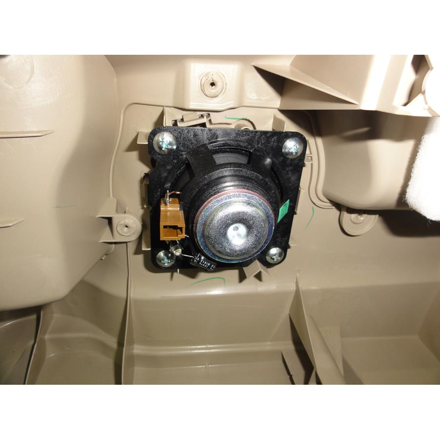 2016 Nissan Quest Rear door tweeter