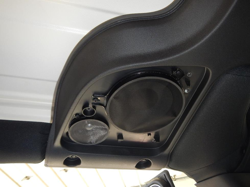 soundbar 2015 up jeep wrangler and wrangler unlimited  at crackthecode.co