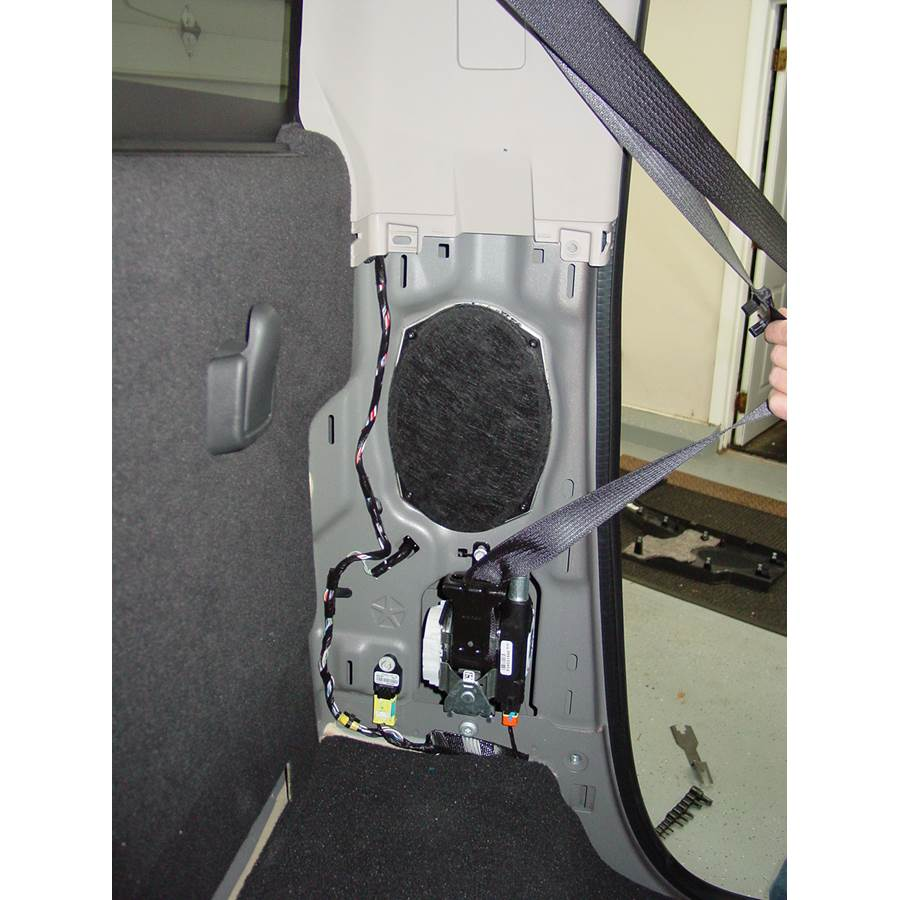 2010 Dodge Ram 5500 Rear cab speaker