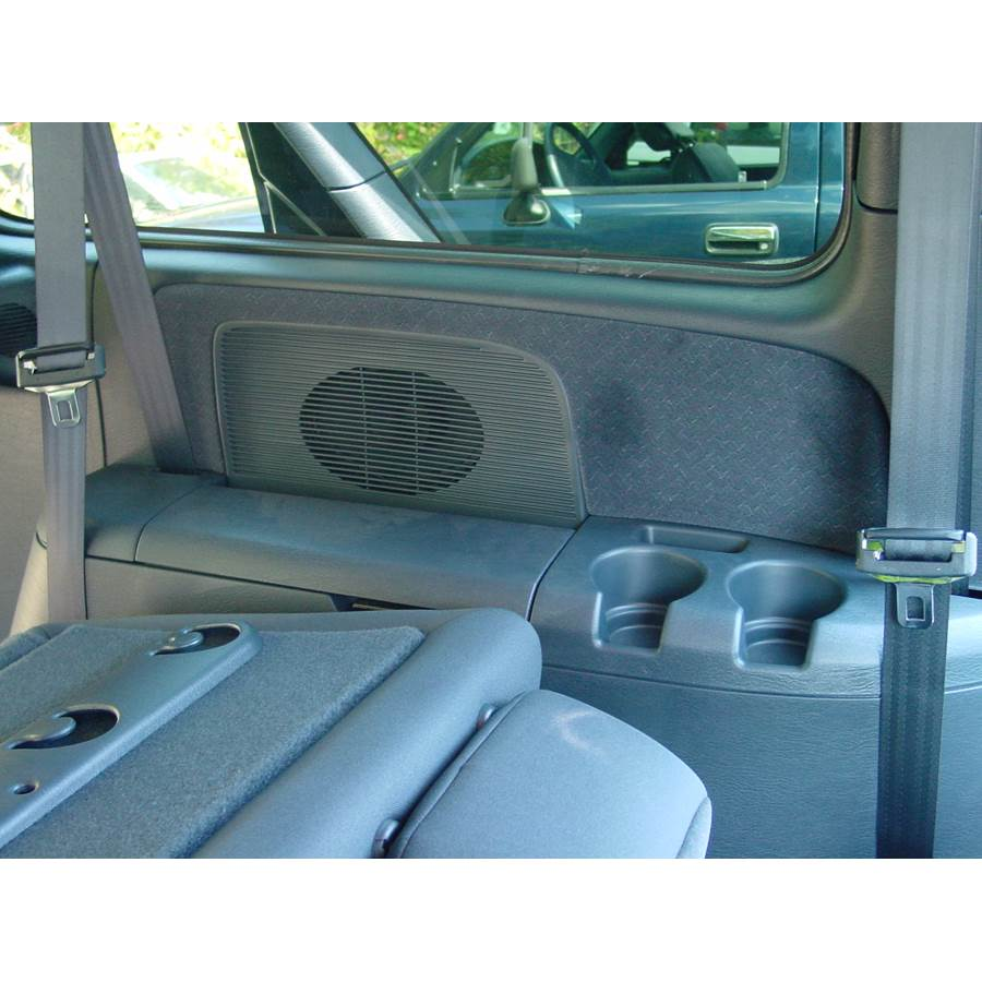 2005 Dodge Caravan Far-rear side speaker location