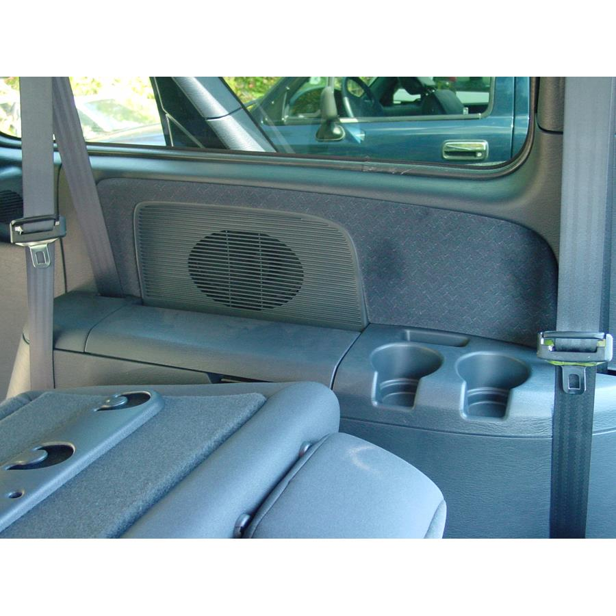 2007 Dodge Caravan Far-rear side speaker location