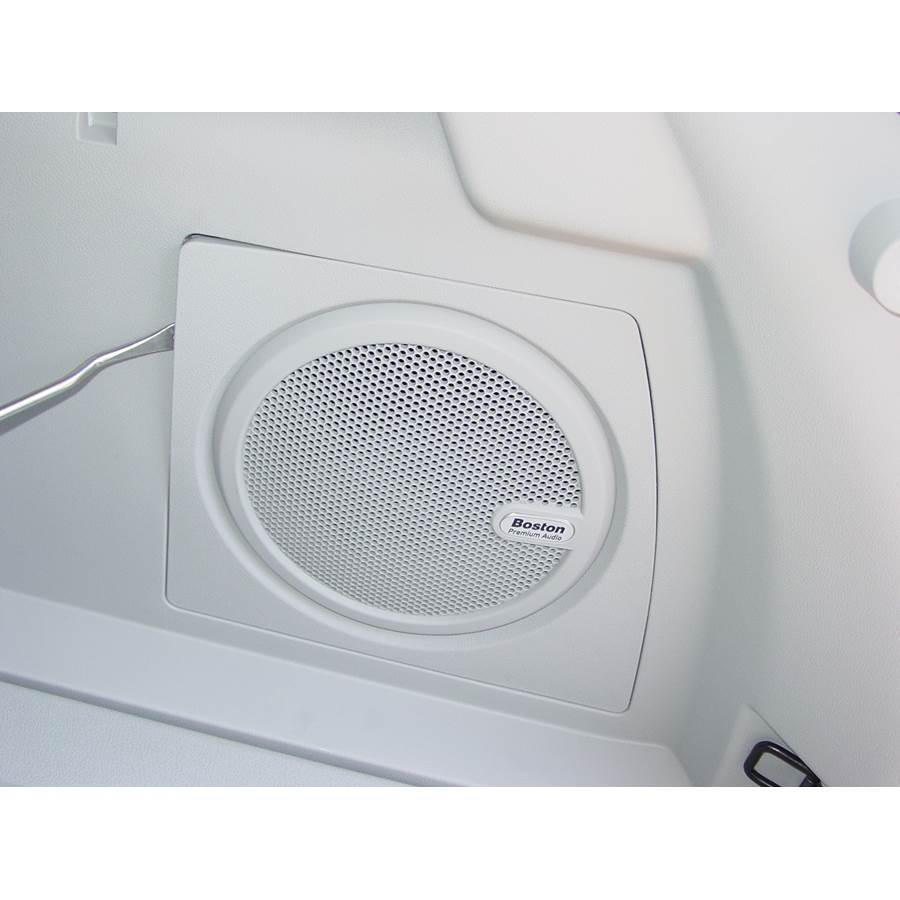 2015 Jeep Compass Far-rear side speaker location