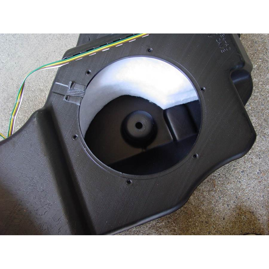2007 Jeep Compass Far-rear side speaker removed