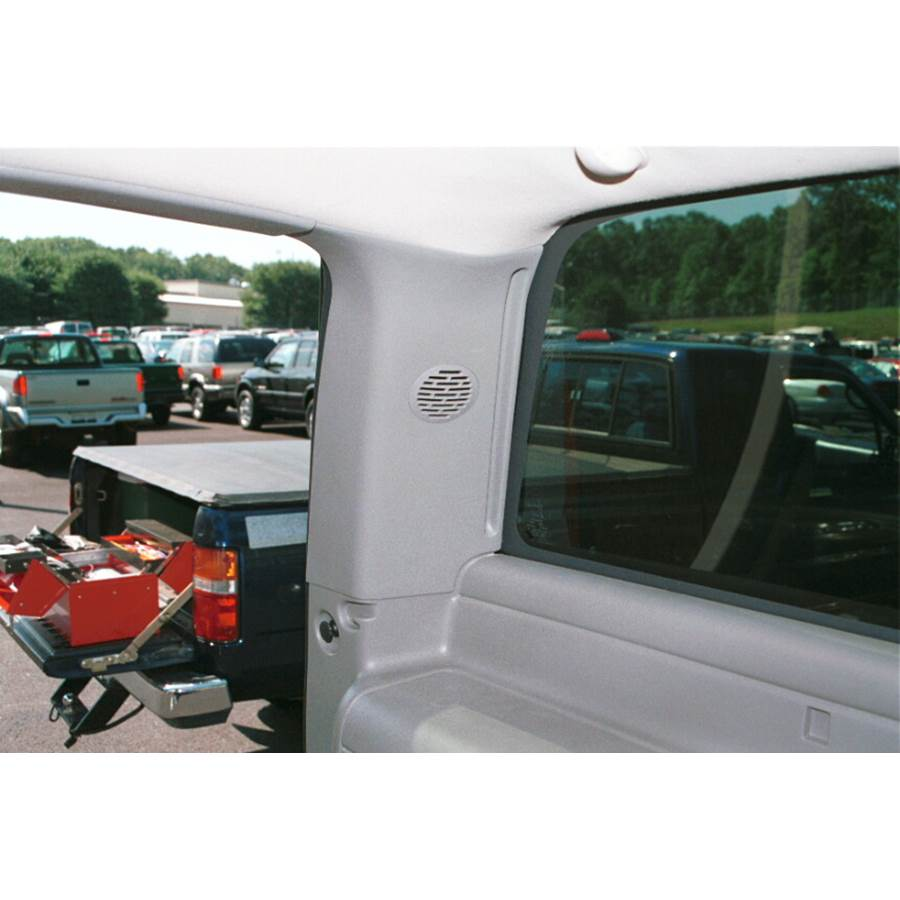 2004 GMC Yukon Denali Rear pillar speaker location