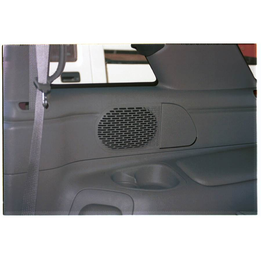 1995 GMC Jimmy Mid-rear speaker location