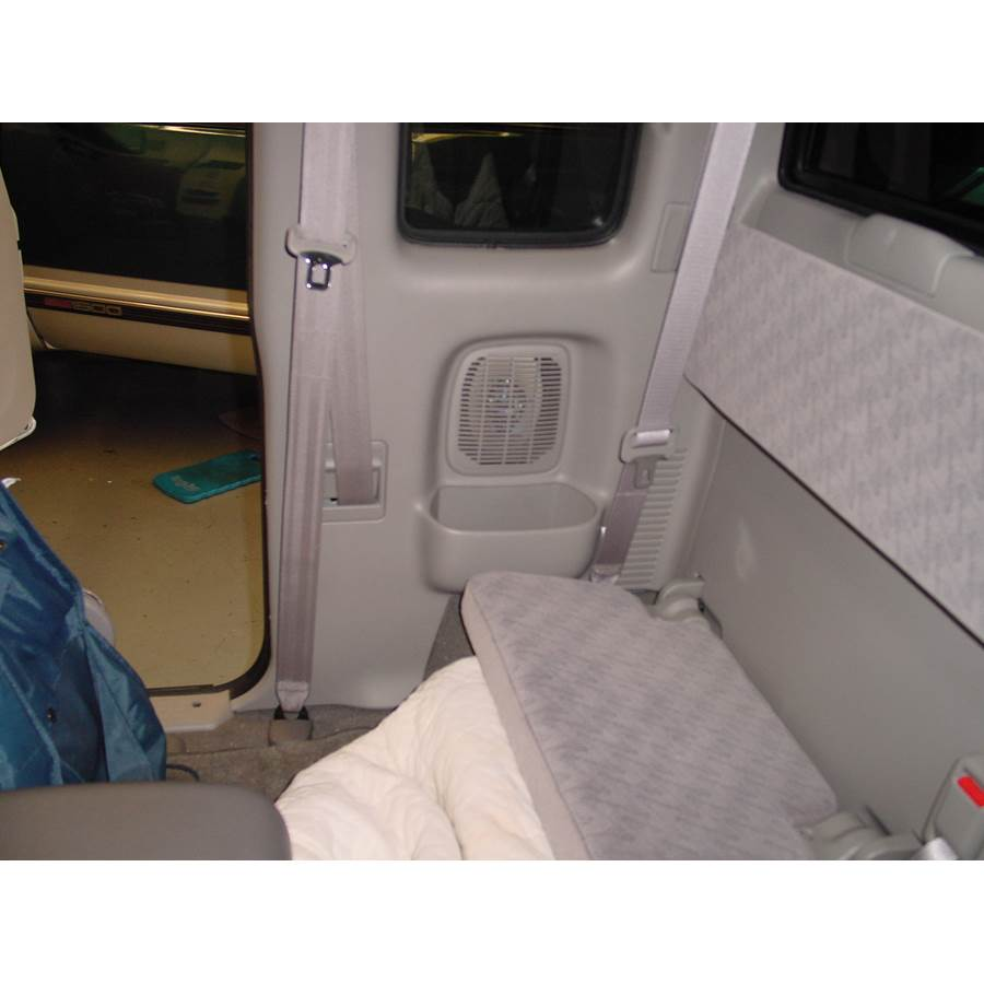 2001 Toyota Tacoma Rear cab speaker location