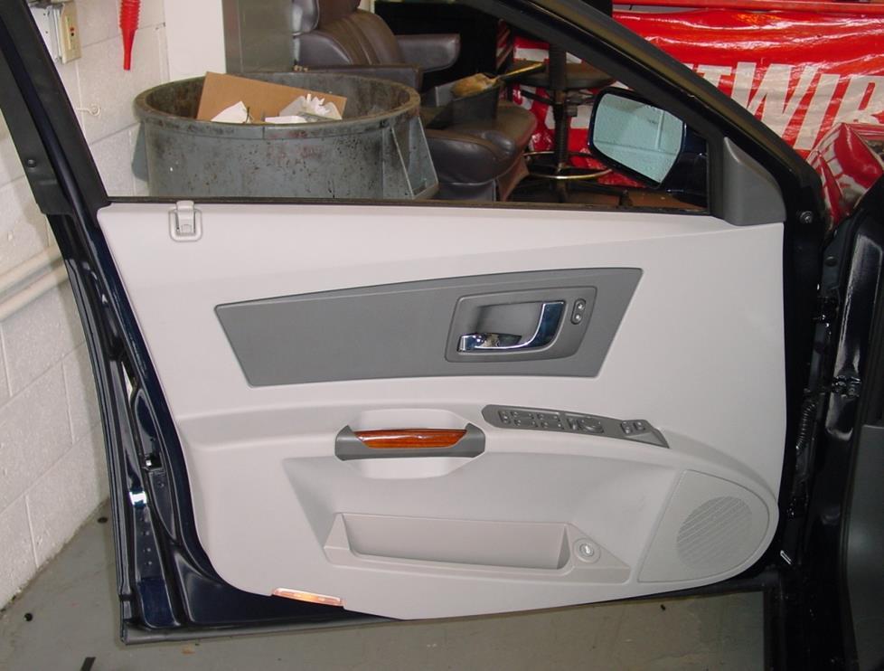 2003-2007 Cadillac CTS Sedan Car Audio Profile