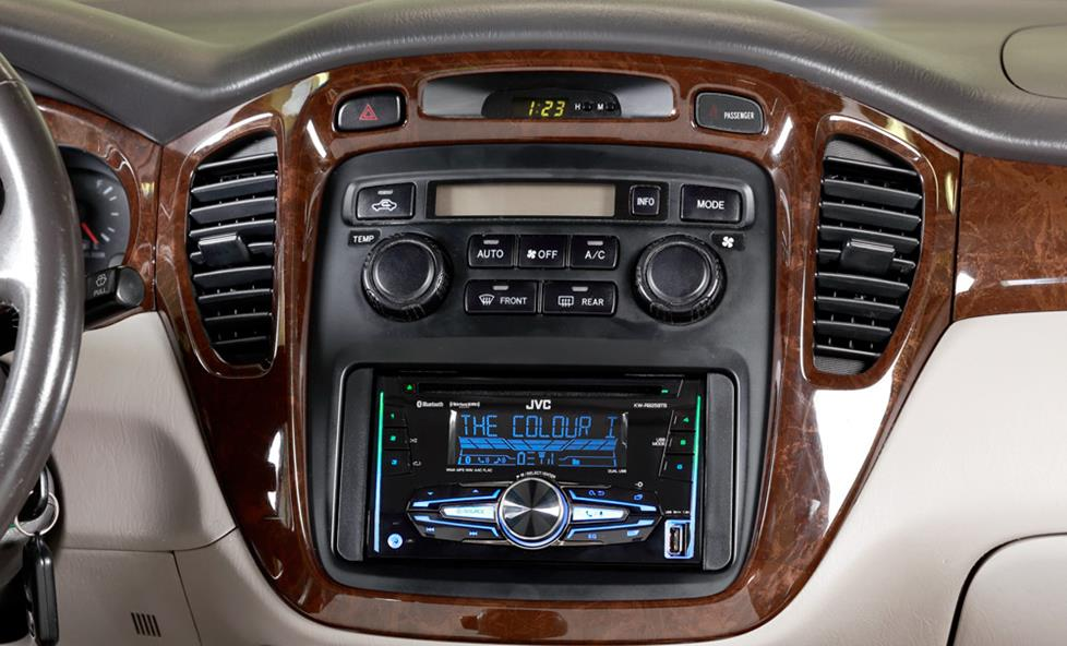 jvc kw-r925bts cd receiver in car