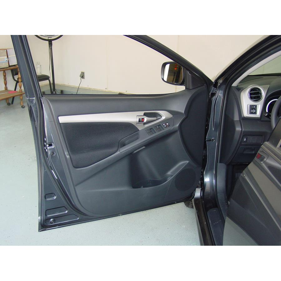 2013 Toyota Matrix Front door speaker location