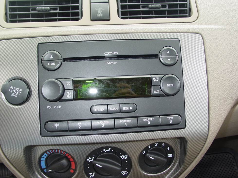 ford focus factory radio