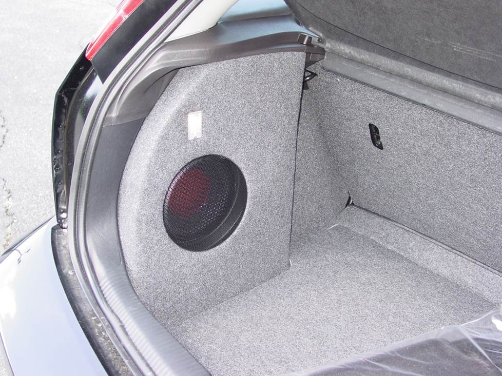 ford focus subwoofer
