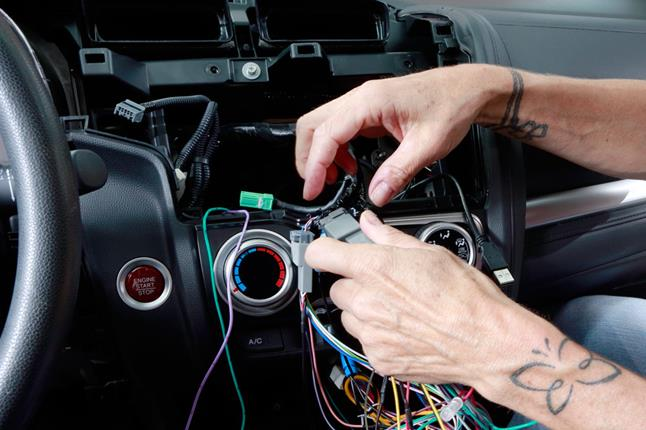 Alex 2015 Honda Fit 283 installing a new stereo helps crutchfield's car research team 1998 Honda Accord Wiring Diagram at gsmportal.co