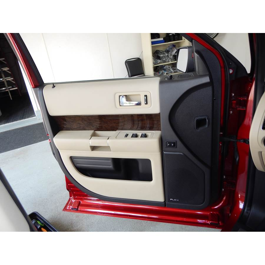 2015 Ford Flex Front door speaker location