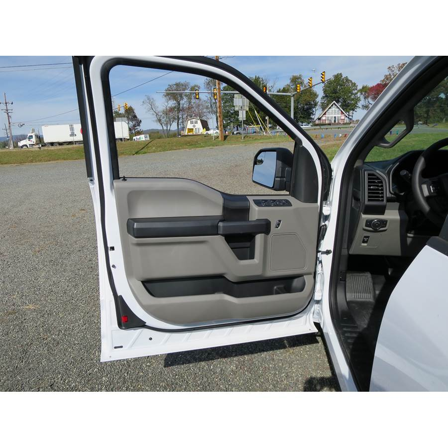2018 Ford F-250 Platinum Front door speaker location