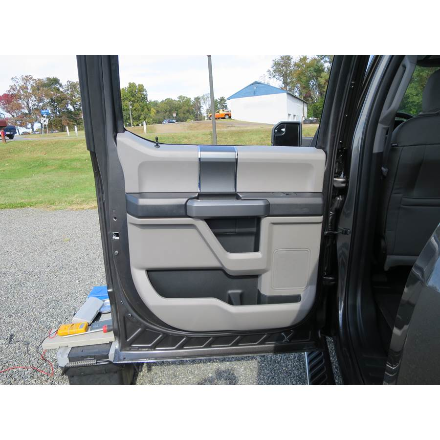 2015 Ford F-150 Lariat Rear door speaker location