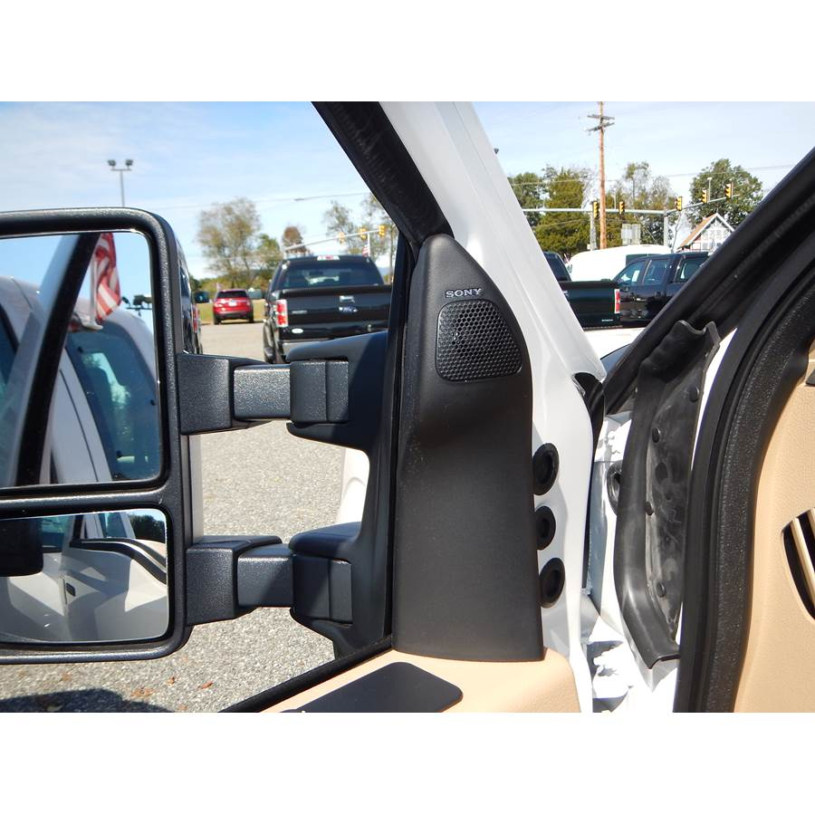 2015 Ford F-250 Super Duty Front door tweeter location