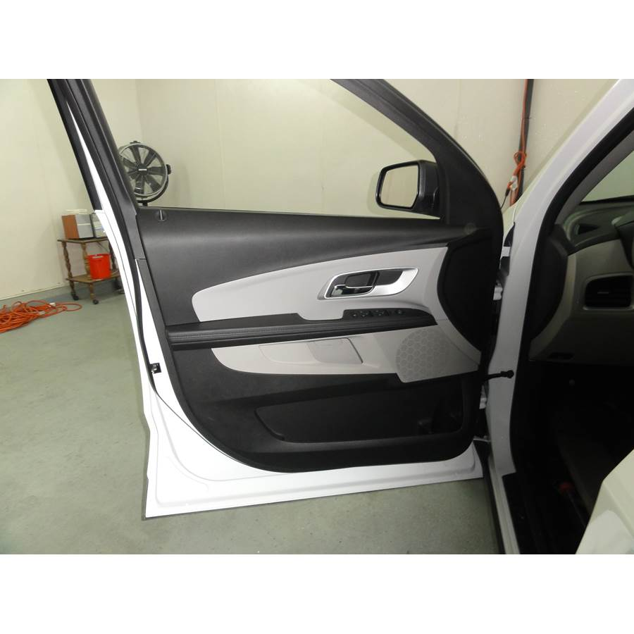 2011 Chevrolet Equinox Front door speaker location