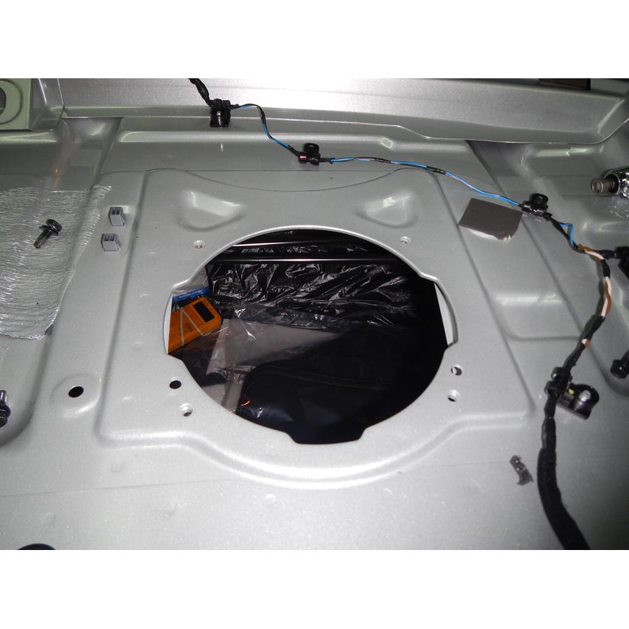 2017 Hyundai Sonata Hybrid Rear deck center speaker removed