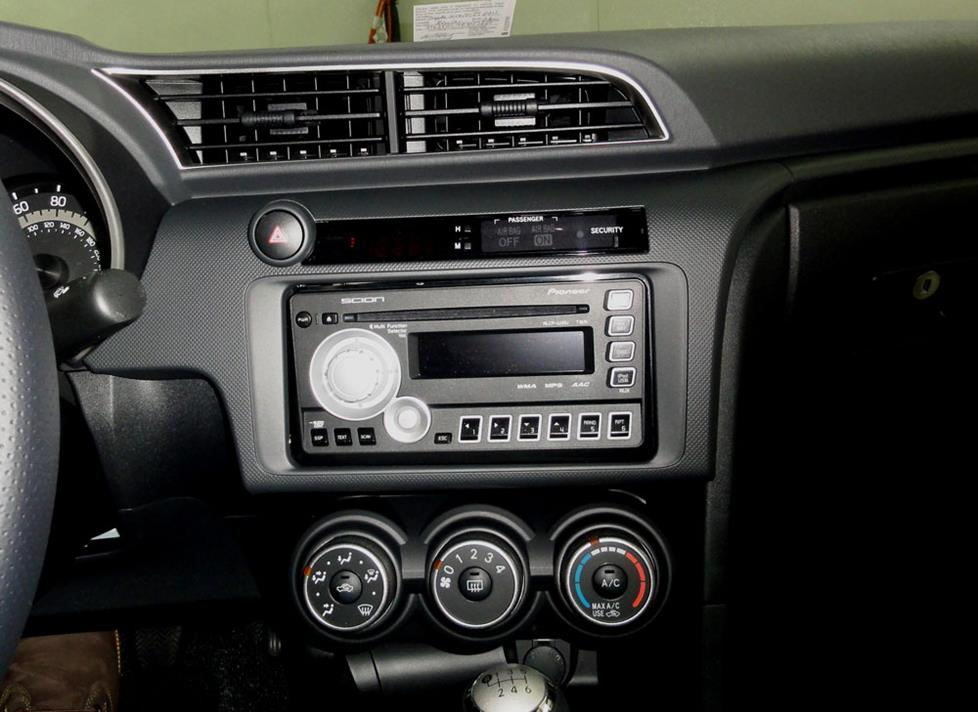 scion tC factory radio stereo