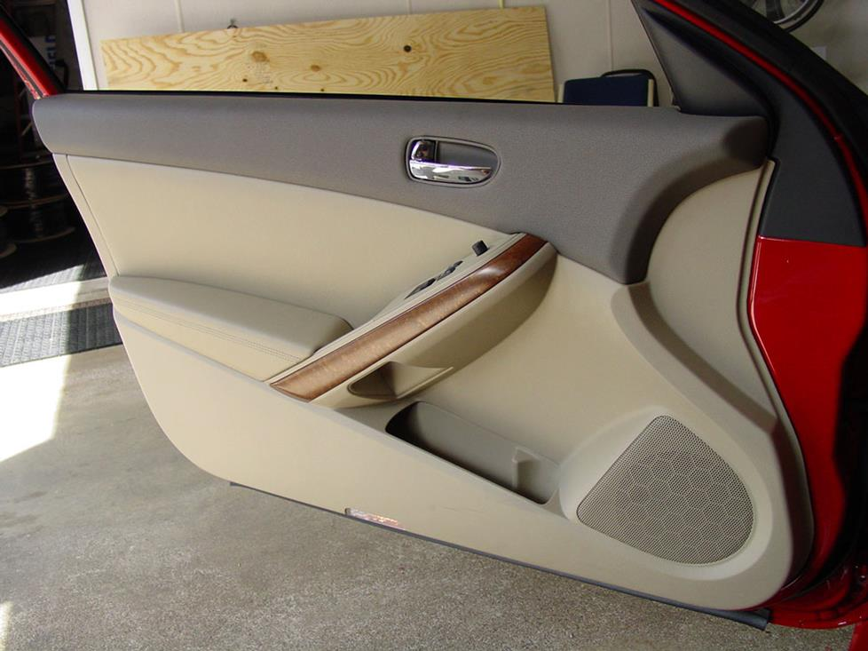 nissan altima coupe front door