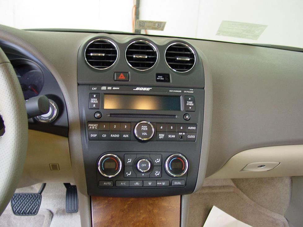 Nissan Altima Coupe Bose Radio