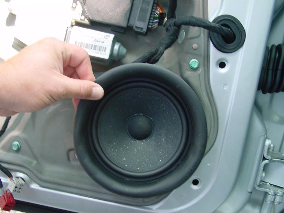 How to Install New Audio Gear in Your 1999-2005 Volkswagen Jetta