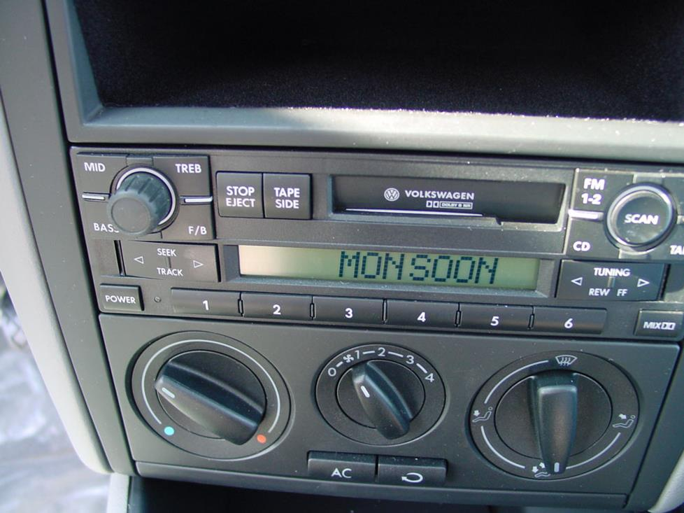 Volkswagen Jetta Monsoon Radio