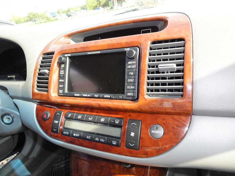 Upgrading the Stereo System in Your 2002-2006 Toyota CamryCrutchfield