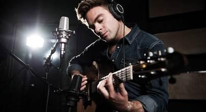 Choosing studio headphones for recording