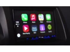 Video: Pioneer and Apple CarPlay demo