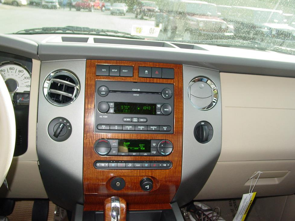 How To Install New Stereo Gear In Your 20072017 Ford Expeditionrhcrutchfield: 2007 Ford Expedition Radio Harness At Gmaili.net