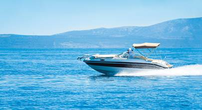 Choose the right stereo for your boat